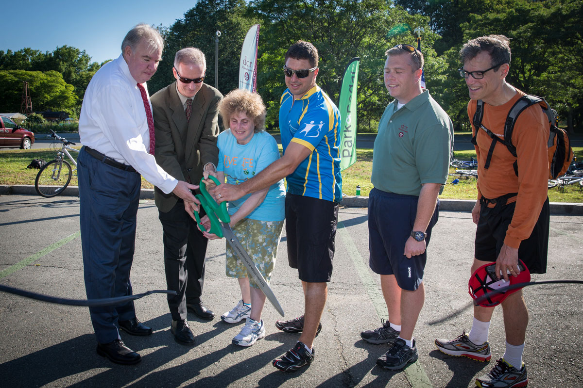 park-and-pedal-launch-ribbon-cutting